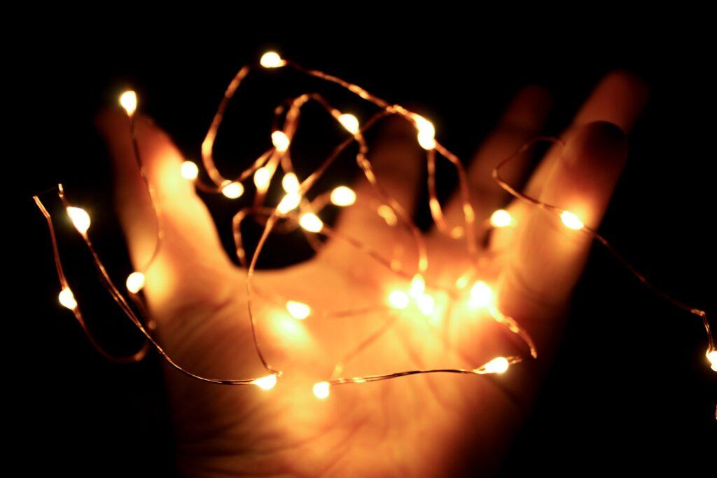 Świąteczne oświetlenie, czyli sposób na magiczny nastrój