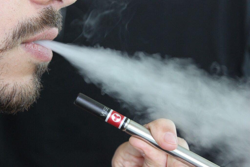Tanie e papierosy – jak wybrać idealnego